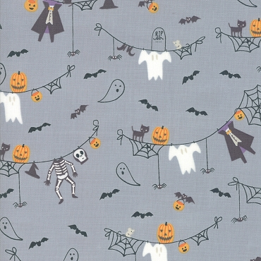 Ghouls and Goodies - Spooky Clothesline Grey 20681-15
